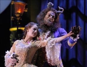 Representación del musical 'La Bella y la Bestia'.